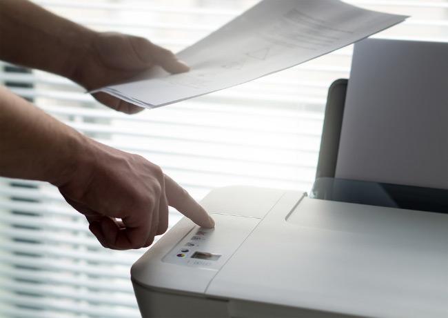 остановить печать на принтере